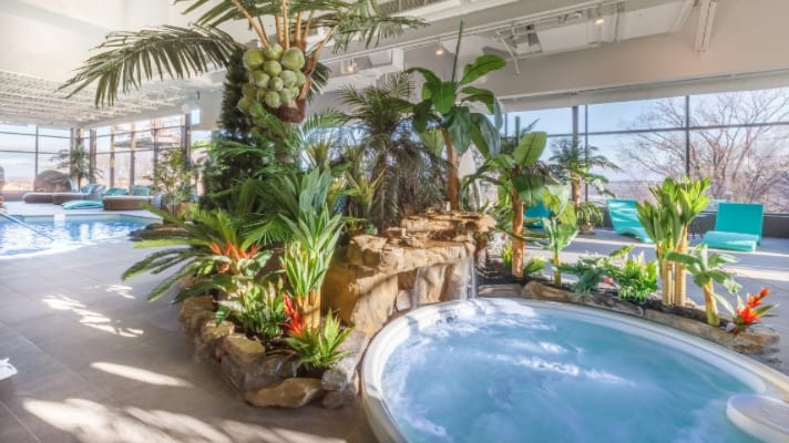9 Quebec City Hotels with a Pool | Urban Guide Quebec
